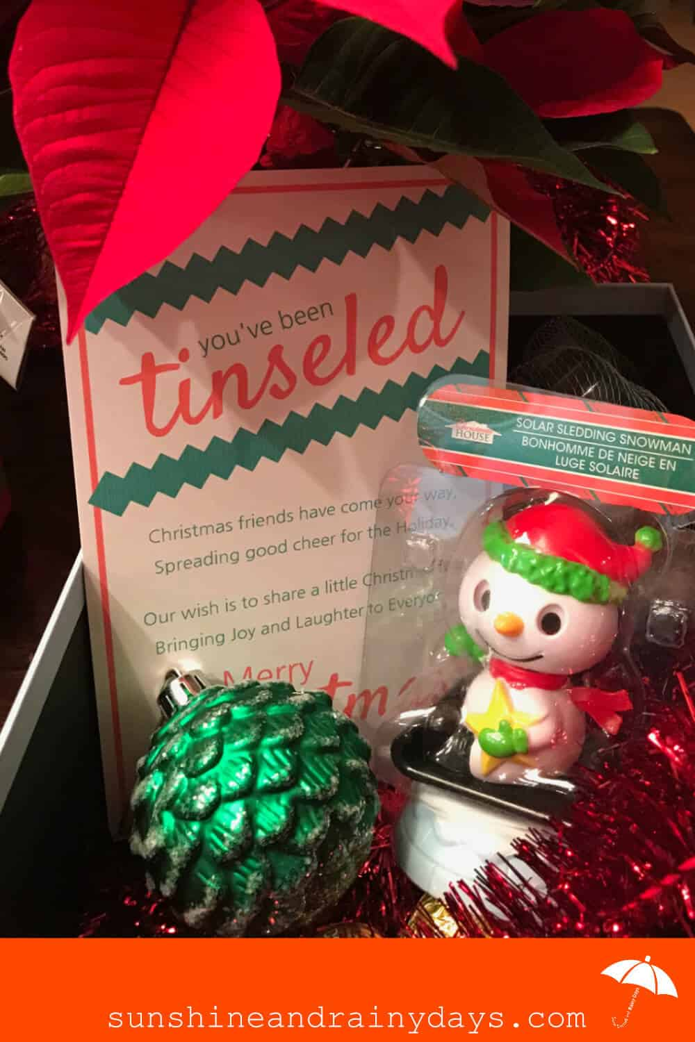 Looking for a way to bring Christmas cheer? Let us show you How To Tinsel Neighbors using our You've Been Tinseled Printable! #tinseled #youvebeentinseled #ChristmasPrintable