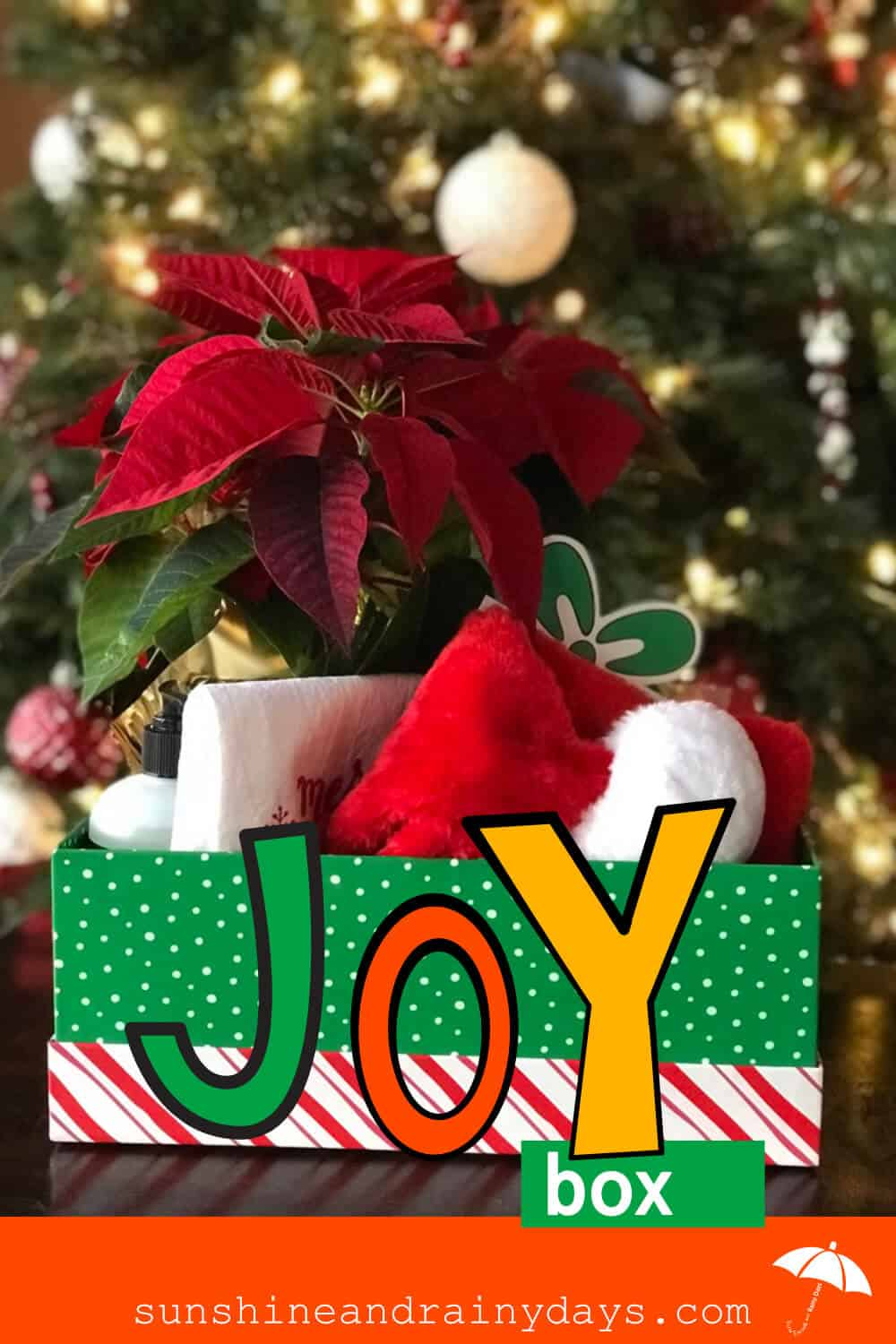 A box filled with all things Christmas to fill your recipient's heart and home with Christmas Joy! Christmas Joy   Christmas Printables   #ChristmasPrintables #ChristmasGiftIdeas #SARD