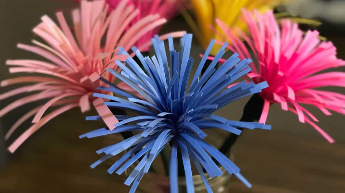 Finished Spider Mum Paper Flowers