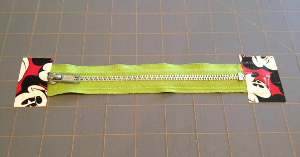 Zipper for Duck Tape pouch.