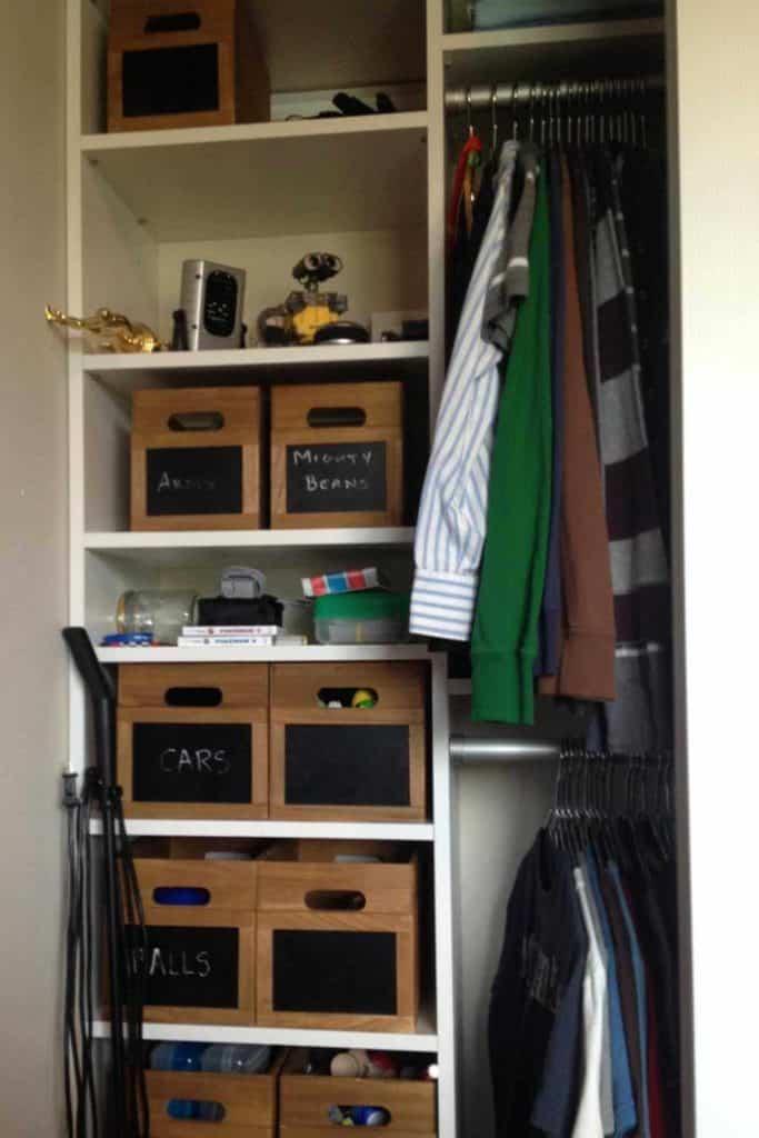 Tween boy's closet organization.